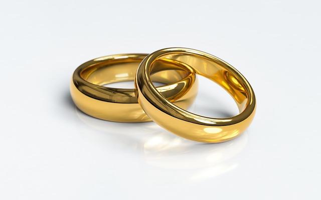 טבעות נישואין עבות לנשים
