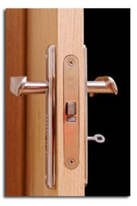 דלתות פולימר - מה הופך אותן לדלתות הפופולריות ביותר